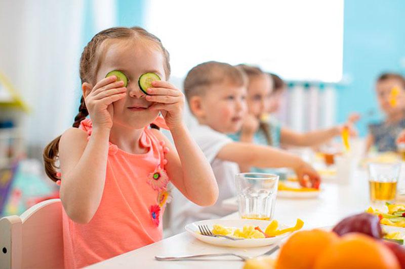 Comer en la escuela infantil